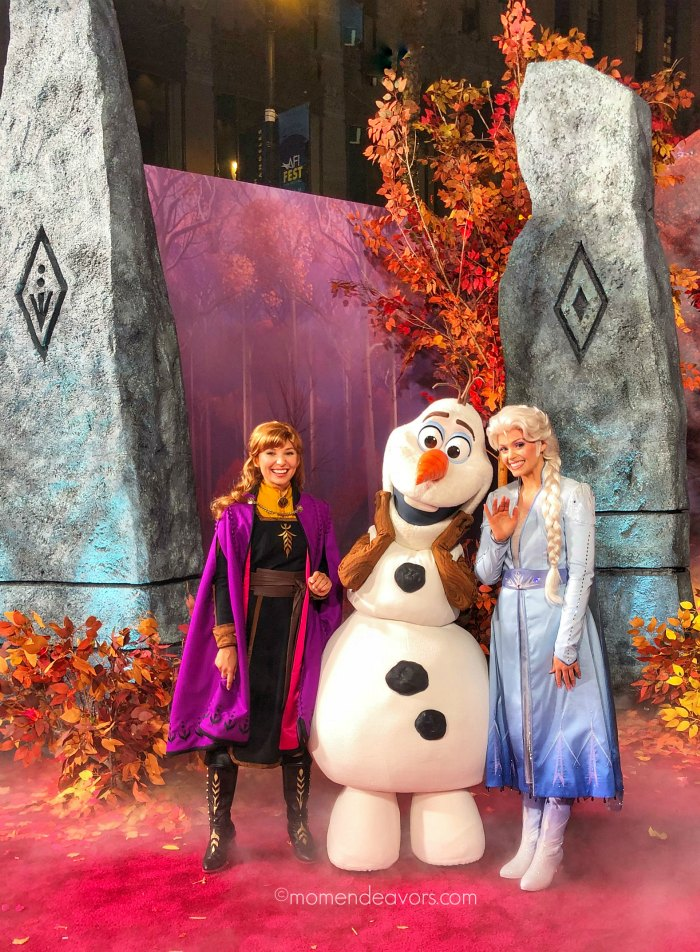 Anna & Elsa at the Frozen 2 Premiere