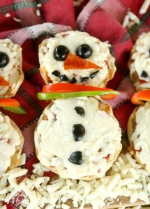 Mini snowman pizza